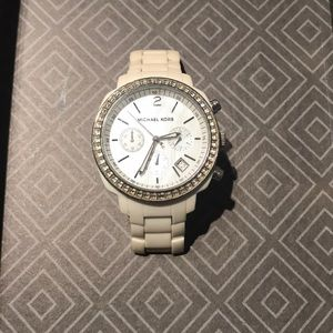 White Ceramic Michael Kors Watch MK5079